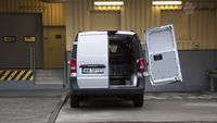 Mercedes Vito furgon 111 CDI 4×2 - tył, drzwi