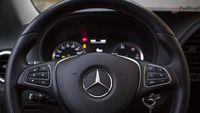Mercedes Vito furgon 111 CDI 4×2 - kierownica