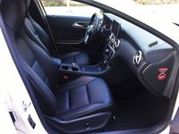 Mercedes A180 BlueEFFICIENCY 7G-DCT - wnętrze