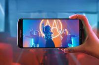 Smartfony Motorola moto e5 i moto e5 plus