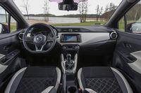 Nissan Micra 2017 - wnętrze