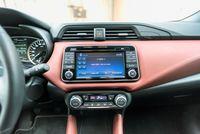 Nissan Micra 0.9 90 KM - ekran