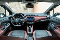 Nissan Micra 0.9 90 KM - wnętrze