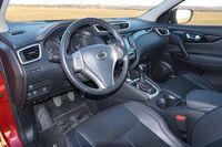 Nissan Qashqai 1.6 DIG-T 160 Tekna - wnętrze