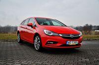 Opel Astra Sports Tourer 1.4 Turbo AT Elite - z przodu