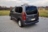 Opel Combo Life 1.5 D Elite - z tyłu