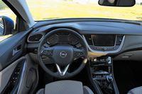 Opel Grandland X 1.6 CDTI 120 KM - deska rozdzielcza