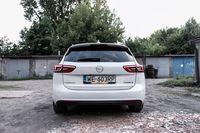 Opel Insignia Sport Tourer - tył
