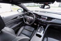 Opel Insignia Sport Tourer - wnętrze