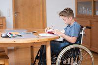 Renta rodzinna dziecka a prawo do ulgi rehabilitacyjnej u rodzica