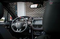 Peugeot 208 GTi - wnętrze