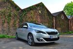 Stylowy Peugeot 308 SW 1.2 PureTech EAT6 Allure