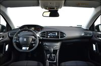 Peugeot 308 1.2 PureTech Active - wnętrze