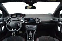 Peugeot 308 2.0 BlueHDi EAT8 GT - wnętrze
