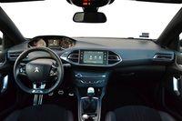 Peugeot 308 SW GT - wnętrze