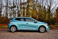 Renault Clio 1.0 TCe Intens - bok
