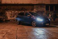 Renault Clio Grandtour - w nocy