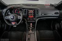 Renault Megane RS - deska rozdzielcza