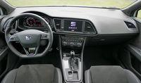 Seat Leon Cupra ST 300 KM - wnętrze
