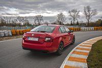Skoda Octavia RS 245 KM - z tyłu