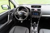 Subaru Forester 2.0 XT - wnętrze