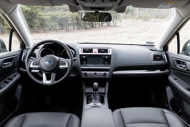 Kia Stonic Wnetrze >> Subaru Outback - wnętrze