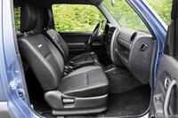 Suzuki Jimny 1.3 VVT Elegance - fotele