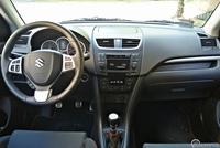 Suzuki Swift Sport - wnętrze