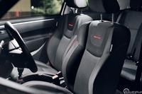Suzuki Swift Sport - przednie fotele