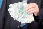 Płatności gotówkowe: limit 15 000 zł na transakcje zagraniczne