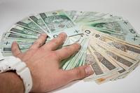 Zakup towarów za gotówkę w kosztach firmy: brak umowy handlowej