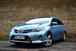 Toyota Auris Touring Sports D4-D Prestige świetnie się sprzedaje
