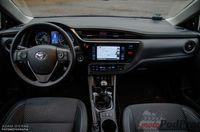 Toyota Corolla 1.6 Valvematic 132 KM Prestige - wnętrze