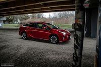 Toyota Prius Prestige - bez wtyczki, ale za to na pełnym wypasie!