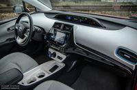 Toyota Prius Prestige - wnętrze