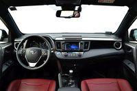 Toyota RAV4 Hybrid Prestige - wnętrze