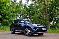 Toyota RAV4 Hybrid Prestige - modna i niezawodna