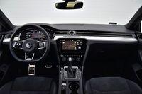 Volkswagen Arteon 2.0 TDI Bi-Turbo DSG 4MOTION R-Line - deska rozdzielcza