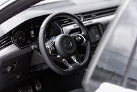 Volkswagen Arteon 2.0 TSI 280 KM - kierownica