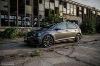 Volkswagen Golf R 310 4Motion - cichociemny