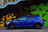 Volkswagen Golf R - bok