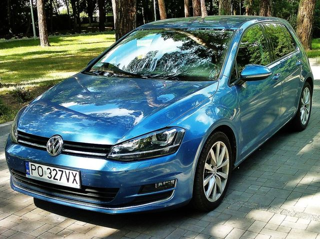 volkswagen golf 1 6 tdi cr dpf bluemotion technology. Black Bedroom Furniture Sets. Home Design Ideas