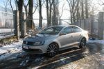 Volkswagen Jetta 2.0 TDI 150 KM – szara codzienność