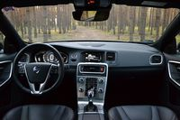 Volvo S60 Cross Country D4 Geartronic Summum - wnętrze