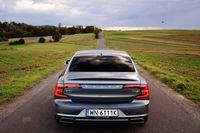 Volvo S90 T5 R-Design - tył