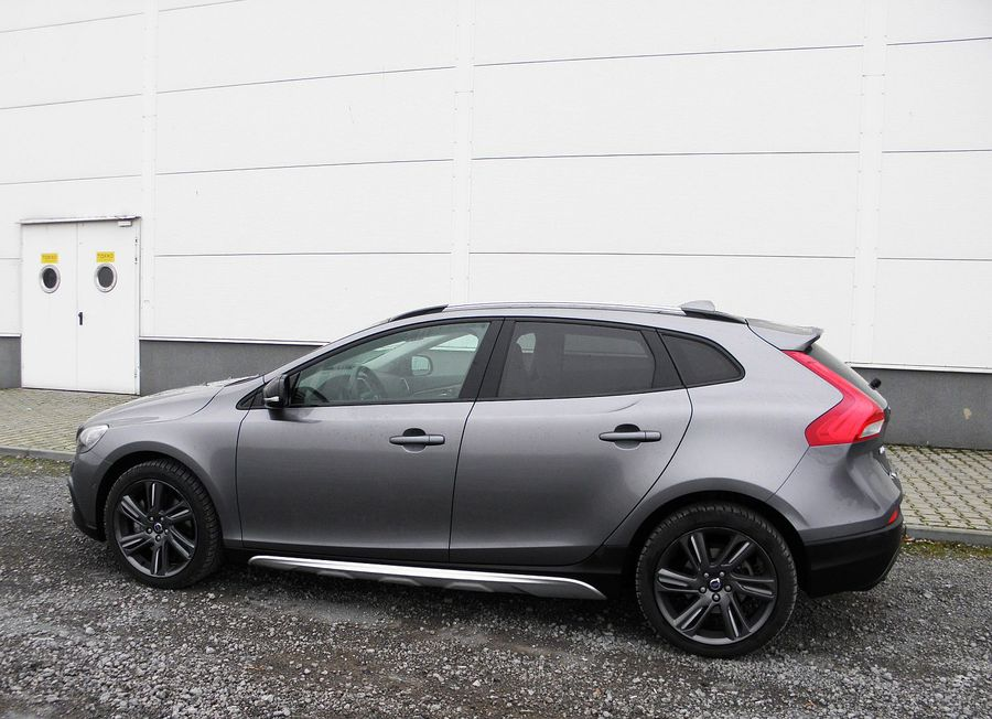 volvo v40 cross country t4 awd summum wyj tkowo urodziwe. Black Bedroom Furniture Sets. Home Design Ideas