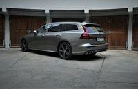 Volvo V60 D4 - z tyłu