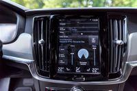 Volvo V90 Cross Country - ekran
