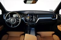 Volvo XC60 T5 Inscription - deska rozdzielcza