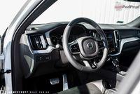 Volvo XC60 T6 AWD R-Design - wnętrze, kierownica